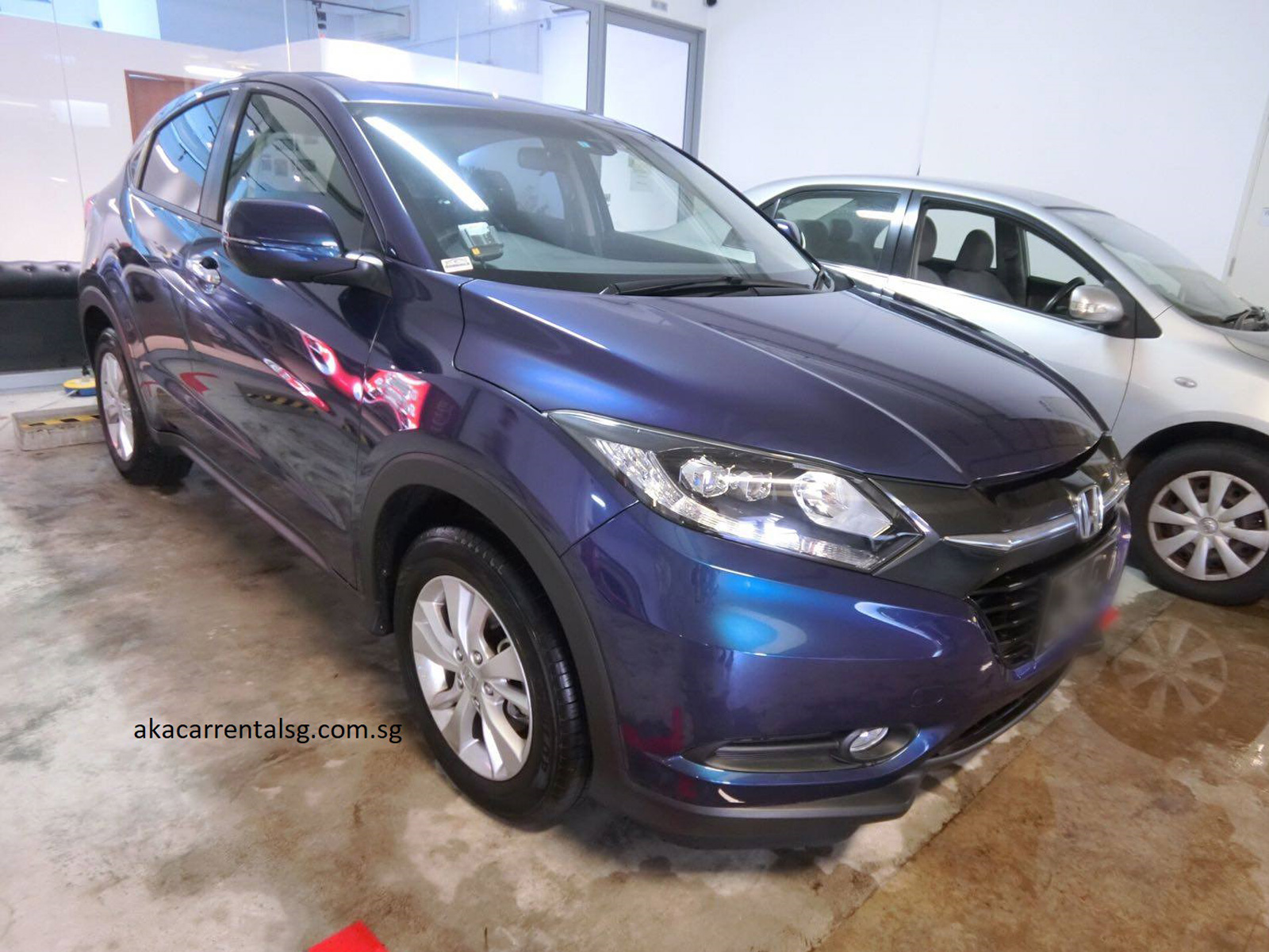Honda Vezel 1.5X CVT [Blue] (For Rent)